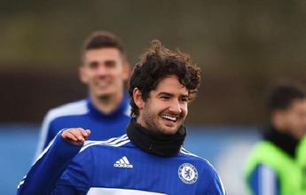 Pato substitui Falcao em lista de inscritos do Chelsea para a Champions