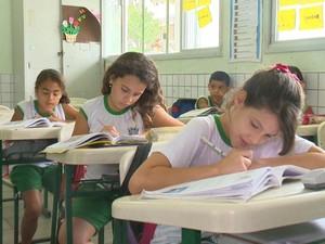 Segundo a Sedu, qualidade das escolas públicas melhorou (Foto: Reprodução/ TV Gazeta)