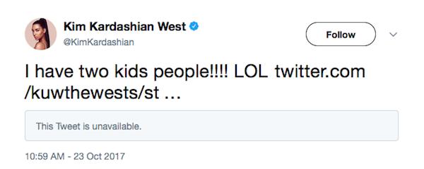 A resposta de Kim Kardashian para os fãs que questionaram se ela estaria esperando por gêmeos (Foto: Twitter)