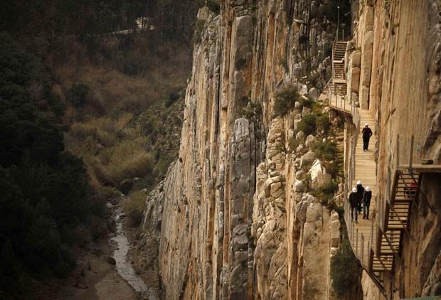 A trilha foi remodelada para se tornar mais segura para os turistas (Foto: Jon Nazca/Reuters)