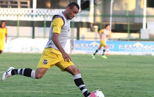 Paulo Sérgio é mais um jogador a deixar o Ceará (Foto: Divulgação / CearaSC.com)