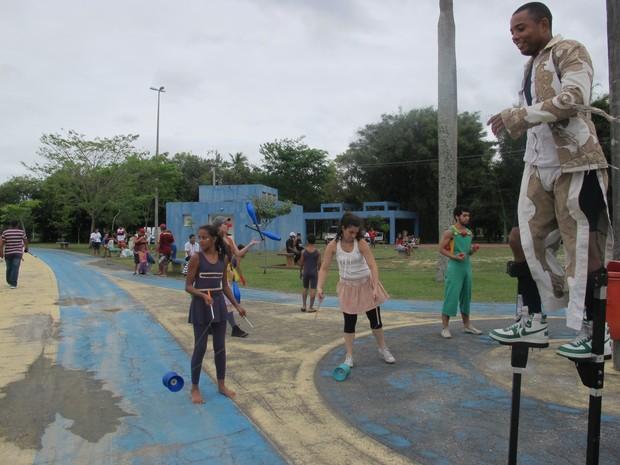 Crianças se divertem com jogos e brincadeiras no Show da Criança (Foto: Paulo Maurício Costa/ G1)