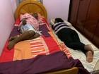 Dormir em um bom colchão e travesseiro previne dor nas costas