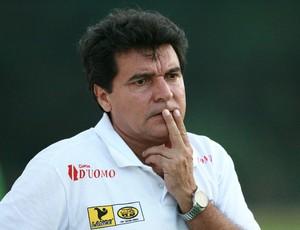 Zé Carlos, técnico do Ananindeua. (Foto: Marcelo Seabra/O Liberal)
