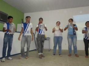 Oficina de conscientização e prevenção do HIV/AIDS realizada com jovens (Foto: Divulgação)
