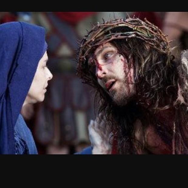 Bianca Rinaldi e Igor Rickli na encenação da Paixão de Cristo (Foto: Reprodução/Instagram)