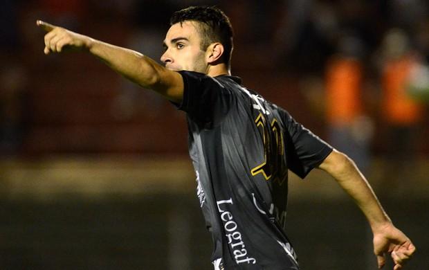 bruno henrique portuguesa gol atlético-mg brasileirão (Foto: Alan Morici / Agência Estado)