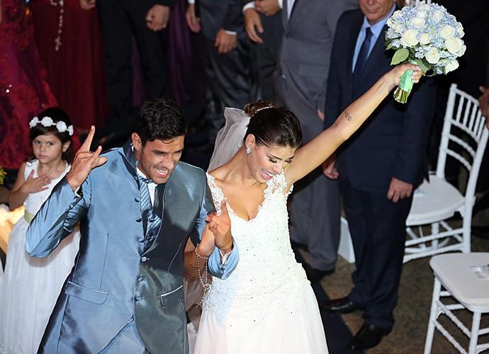 Enfim, casados! (Foto: Isabella Pinheiro/Gshow)