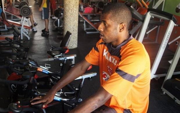 Audálio faz treino físico no CRB (Foto: Júnior de Melo  / CRB)