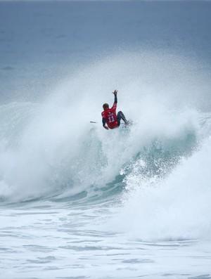 Kelly Slater venceu surfista de Guadalupe na repescagem e foi à terceira fase em Bells Beach (Foto: WSL / Ed Sloane)