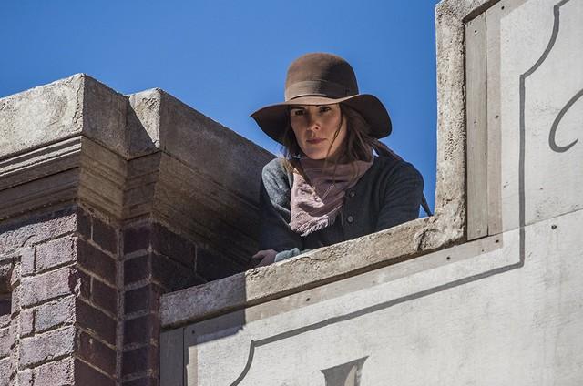 Michelle Dockery em cena de 'Godless' (Foto: Reprodução)