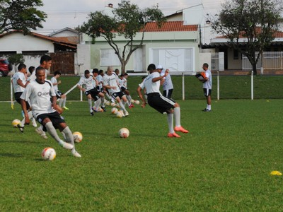 União Barbarense Leão da Treze (Foto: Rosângela Luciano / Diário SBO)