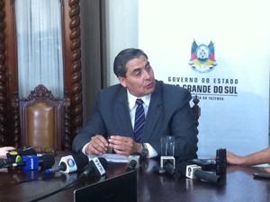 Secretário da Fazenda, Giovani Feltes, anunciou calendário de pagamentos para servidores do RS  (Foto: Renato Soder/RBS TV)