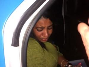 Mulher está presa e vai responder por homicídio doloso qualificado (Foto: João Marcos Machado )