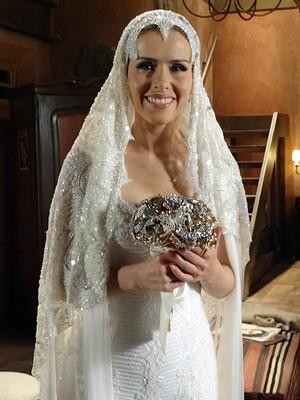 Leona Cavalli como Zarolha no dia de seu casamento (Foto: Gabriela / TV Globo)