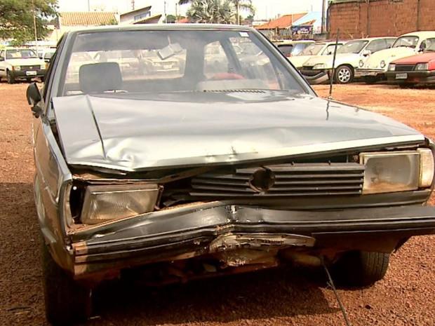 Carro usado por motorista que atingiu quatro pessoas no Dia dos Pais em Pitangueiras, SP (Foto: Reprodução/ EPTV)
