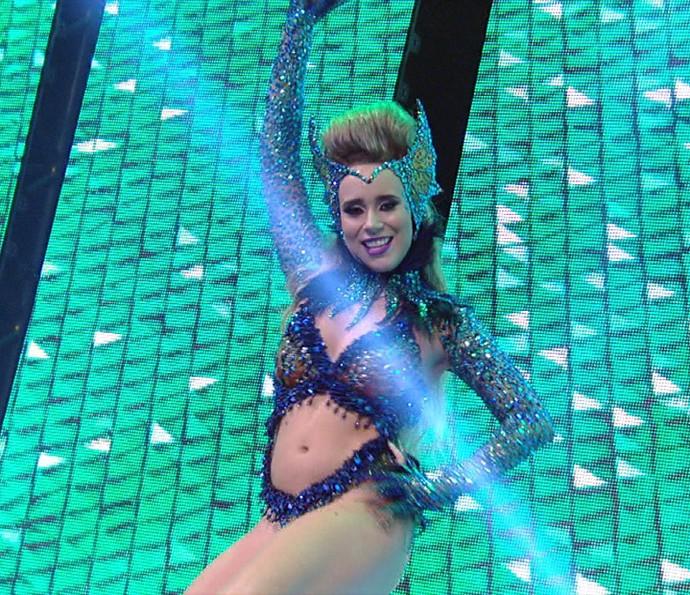 Bruna Fonseca é a rainha de bateria da Unidos de Vila Maria no Carnaval 2016 (Foto: Divulgação TV Globo)
