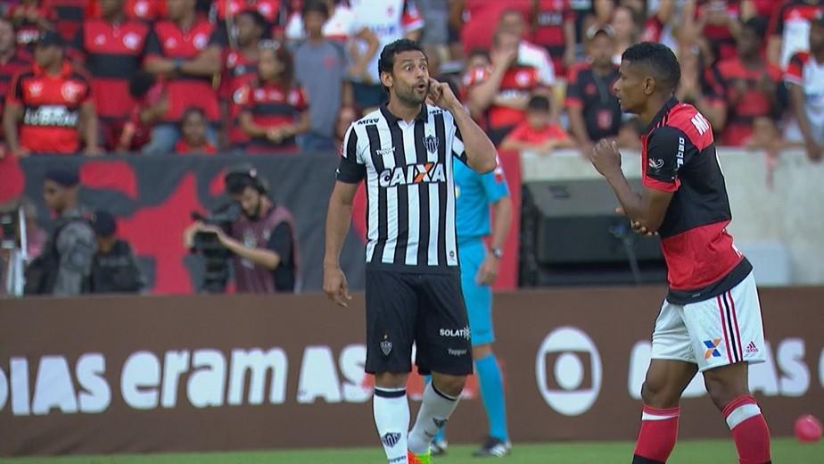 """Garçom no Maraca, Fred aponta Flamengo como favorito e pede estilo """"mineirinho"""" ao Atlético-MG"""
