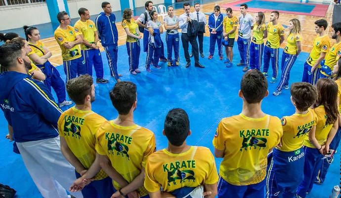 Seleção brasileira de caratê (Foto: Geraldo de Paula Fotografia / CBK )