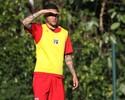 Bruno sofre estiramento, e Gilberto é dúvida; Marco Aurélio visita São Paulo