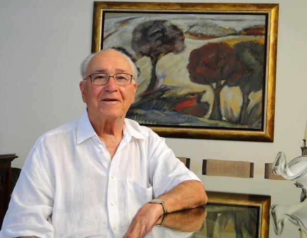 Paulo Zuquim Figueiredo Neves, ex-colega de trabalho de Niemeyer, trabalhou com o arquiteto na década de 1950 (Foto: Pedro Cunha/G1)