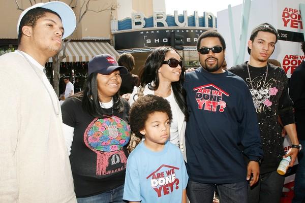 Ice Cube, a esposa Kimberly e os quatro filhos do casal (Foto: Getty Images)