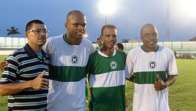 Zagueiro do São Paulo, Edson esteve no Jogo das Estrelas em Alagoas (Foto: Paulo Victor Malta/Globoesporte.com)