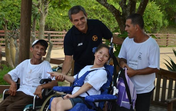Padrinho do evento no parque temático, Zé Roberto ressaltou importância da inclusão social (Foto: Divulgação)