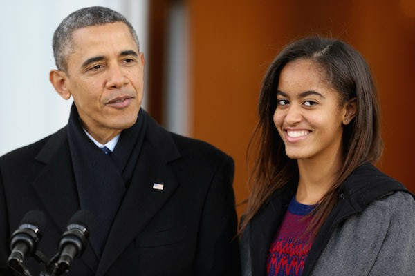 Malia Obama com o pai, Barack Obama (Foto: Getty Images)