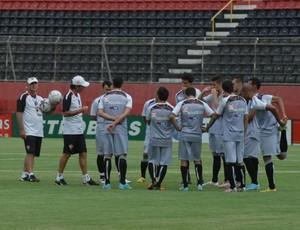 Vitória treino (Foto: EC Vitória / Divulgação)
