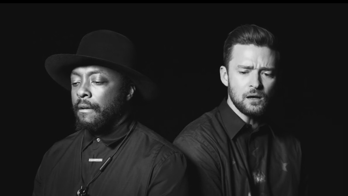 Will.I.Am e Justin Timberlake na nova verso de 'Where Is the Love' (Foto: Reproduo)