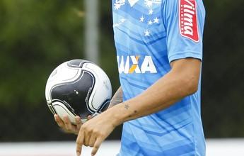 """""""Jogar simples"""" é a fórmula de Cabral para ser titular absoluto com Mano"""