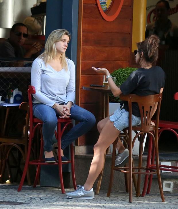 Fernanda Gentil e a namorada, Priscila Montandon (Foto: André Freitas / Agnews)