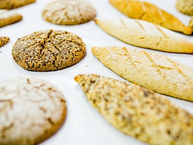Fibras do caroço do açaí e ouriço da castanha são usados nas massas (Foto: Fapeam/Divulgação)
