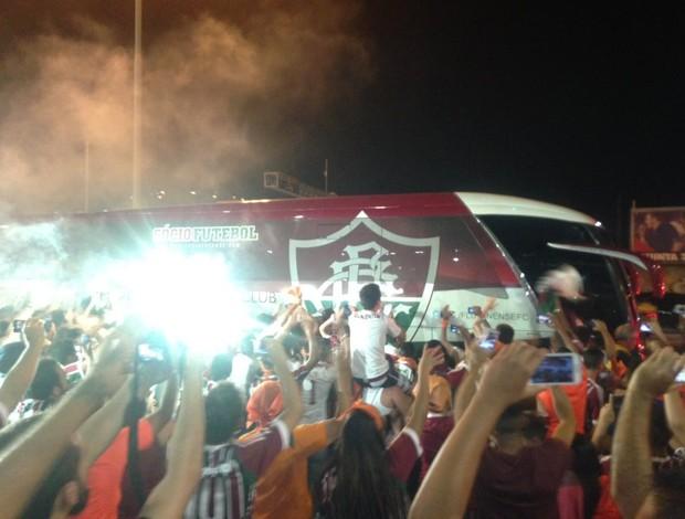 ônibus fluminense- chegada ao Maracanã