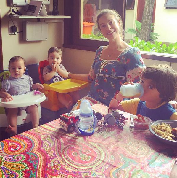 Luana Piovani com Dom, Bem e Liz (Foto: Reprodução/Instagram)