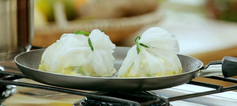 Bela Cozinha - Ep. 9 - Ervas - Enrolado de folha de arroz com molho de curry
