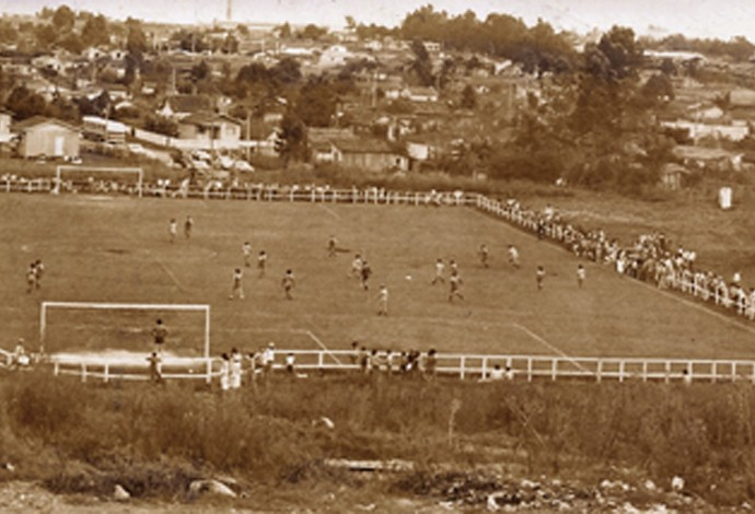 Estádio Manoel Gustavo Schier Uberlândia Esporte Club Curitiba (Foto: Arquivo pessoal/Algacir Almeida)