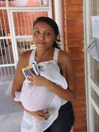 Jovem que deu à luz faz novo Enem com bebê (Wenner Titto/G1)