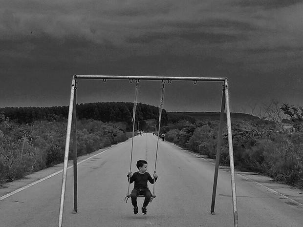 Pai projeta balanço para o filho (Foto: Reprodução/Instagram Pablo Menezes)