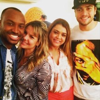 Thiaguinho deseja felicidades a Preta Gil e Rodrigo Godoy (Foto: Instagram / Reprodução)