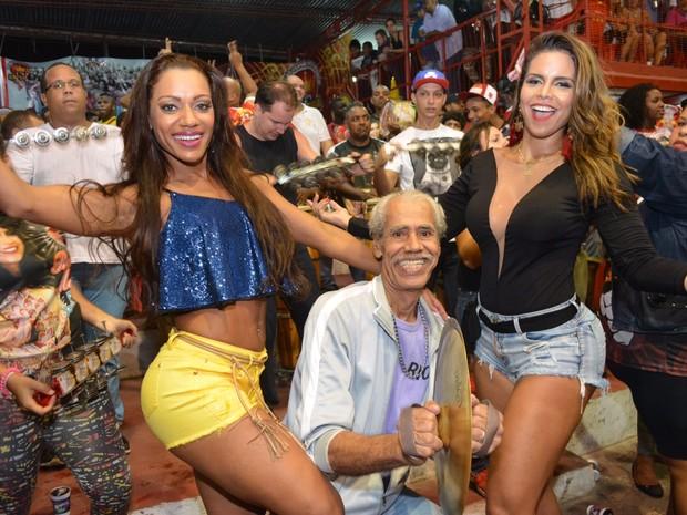 Ana Paula Evangelista e Raissa Machado na quadra da Viradouro em Niterói, no Rio (Foto: Rodrigo Mesquita / Divulgação)