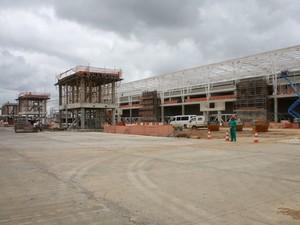 Terminal de passageiros está 71% concluído (Foto: Demis Roussos)