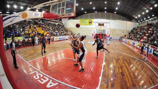 SJC x Mogi 1º turno NBB (Foto: Cláudio Capucho)