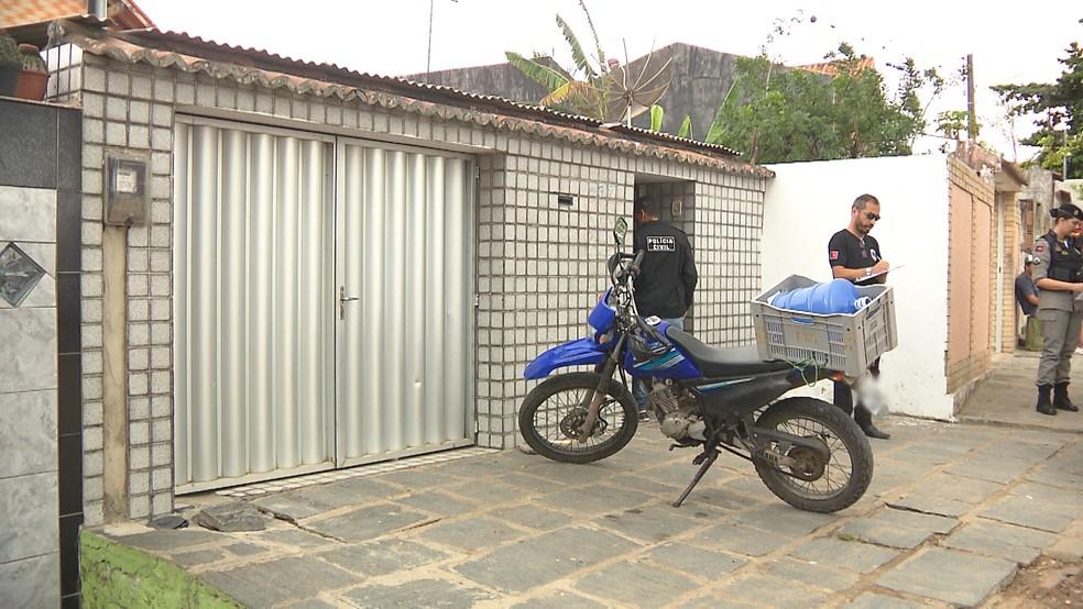 Homem invade casa e é morto com três tiros, na Paraíba, diz polícia