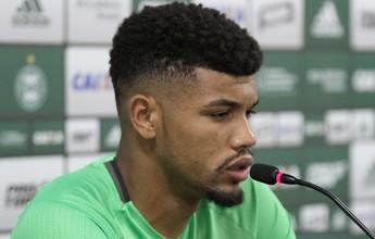 """Atletas do Coritiba não temem papel de """"azarão"""" contra líder do Brasileiro"""