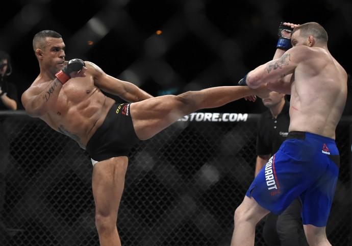 Vitor Belfort Nate Marquardt UFC Rio 8 UFC 212 (Foto: André Durão)