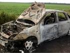 Carro de passeio fica destruído após incêndio na BR-174 em Vilhena, RO