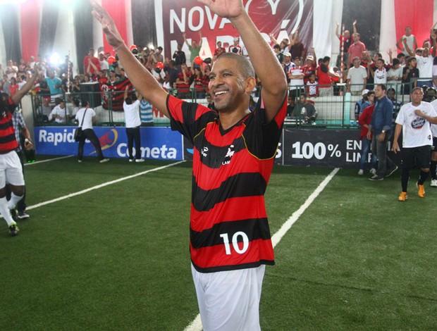 Djalminha na final do Brasileiro de showbol contra o Santos (Foto: Ricardo Cassiano / Divulgação)