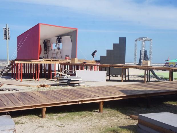 Estrutura ficará na beira da praia de Capão da Canoa (Foto: Gabriela Loeblein/G1)
